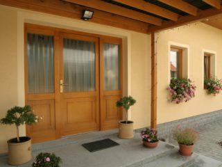 fotogalerie vchodových dveří - RD Chacholice