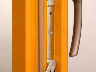 Dřevěná eurookna výrábíme v různých typech, na obrázku je dřevěné eurookno TTK klasik.