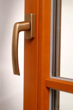 návod k obsluze - péče o vnější stranu kování oken
