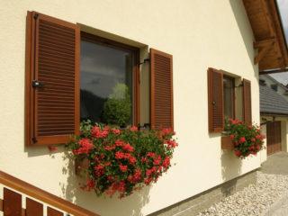 Fotogalerie ostatního příslušenství k eurooknům - dřevěné okenice