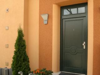 fotogalerie vchodových dveří - dveře s horním prosklením