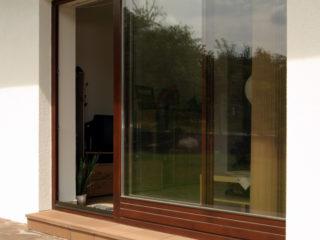posuvné stěny, posuvná okna HS portal použitá v rodinném domě