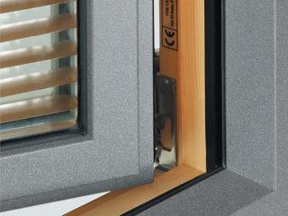detail okna ttk triplex plus