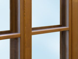 dřevěné špaletové okno